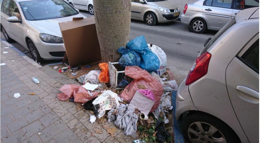 """Photo of שלומי הראל: """"נמאס לחיות בעיר עם ערימות אשפה, מדרכות סדוקות. כבר לא נעים לחיות פה"""". הפיתרון הדיגיטלי של הראל לבעיית הלכלוך בעיר"""