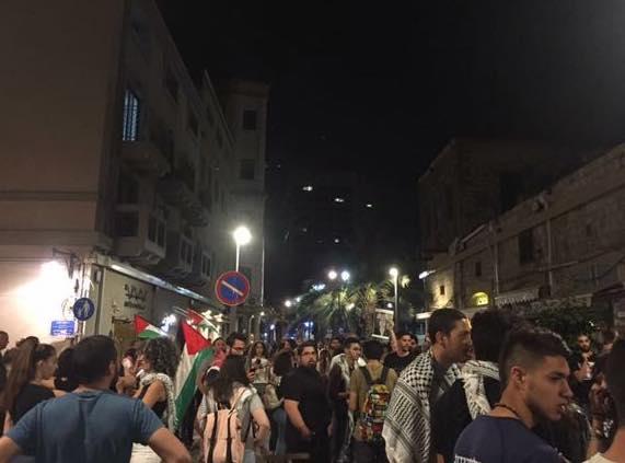 Photo of עשרים עצורים: ההפגנות האלימות בנתנזון בחיפה מסלימות. התושבים שואלים איפה ראש העיר???
