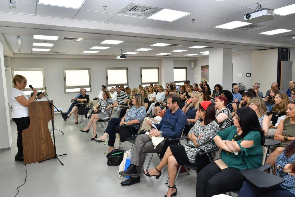 Photo of ביקור מנהלת מחוז תל אביב במוסדות החינוך העיר