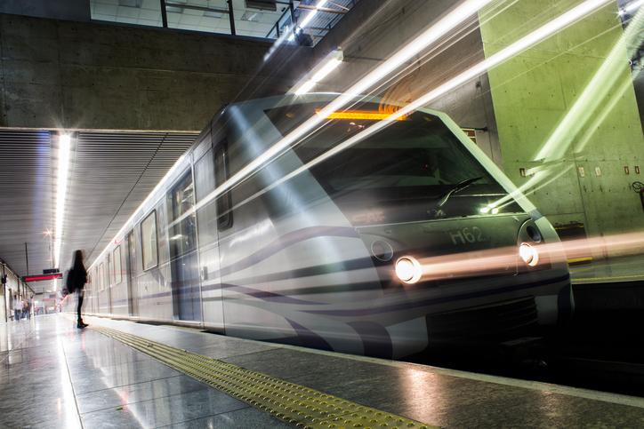 """Photo of """"דין ראשון כדין תל אביב"""". דורון אוזן מנהיג עצומה הקוראת להפוך את הרכבת הקלה לרכבת תחתית, כדי למנוע פקקים במרכז העיר"""