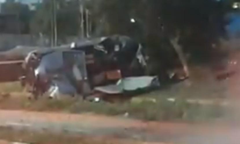 "Photo of צפו: תאונה דרמטית הבוקר בשדרות משה דיין ראשל""צ ליד הסינמה סיטי, עם חילוץ לכודים ופצועים קשה"