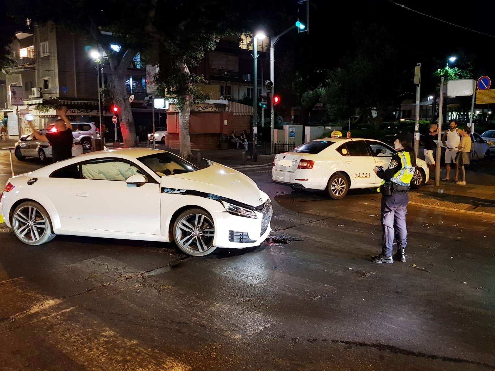 Photo of תאונה קשה ברחוב דיזנגוף בתל אביב, הנפגעים פונו לבית החולים