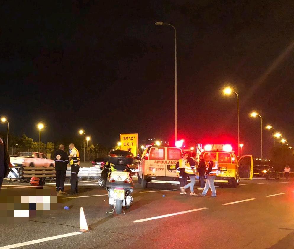 """Photo of גבר בן 62 נדרס למוות אמש במחלף קק""""ל בתל אביב"""