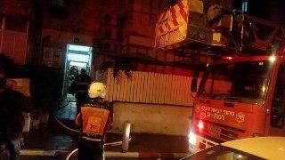 Photo of גבר כבן 80 נפצע באורח קשה בשריפה שפרצה הלילה בדירה בשדרות התמרים ברמת גן