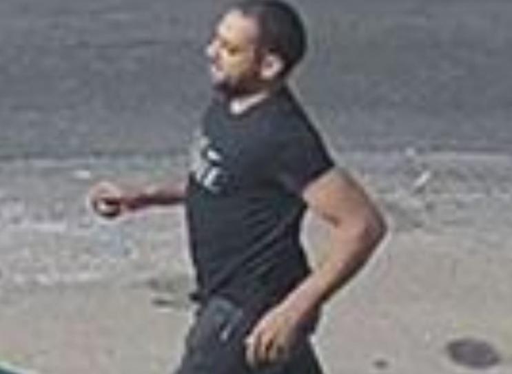 דרוש לחקירה: החשוד בדקירה הבוקר ברמת השרון. צילום: דוברות המשטרה
