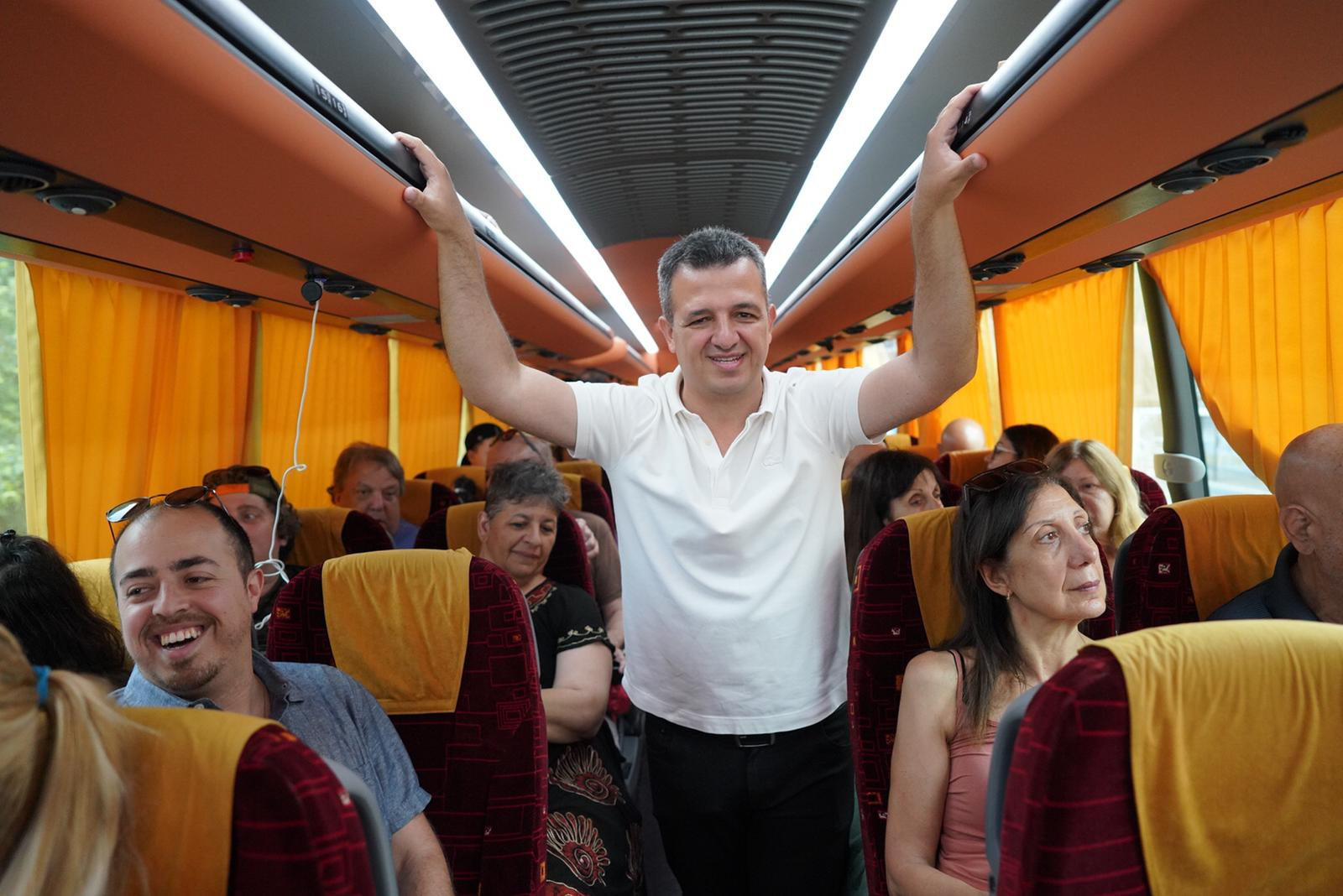 "Photo of ניצחון נוסף לעיריית ר""ג בביהמ""ש. לא אושר צו הביניים נגד הסבבוס שימשיך לנסוע גם השבת"