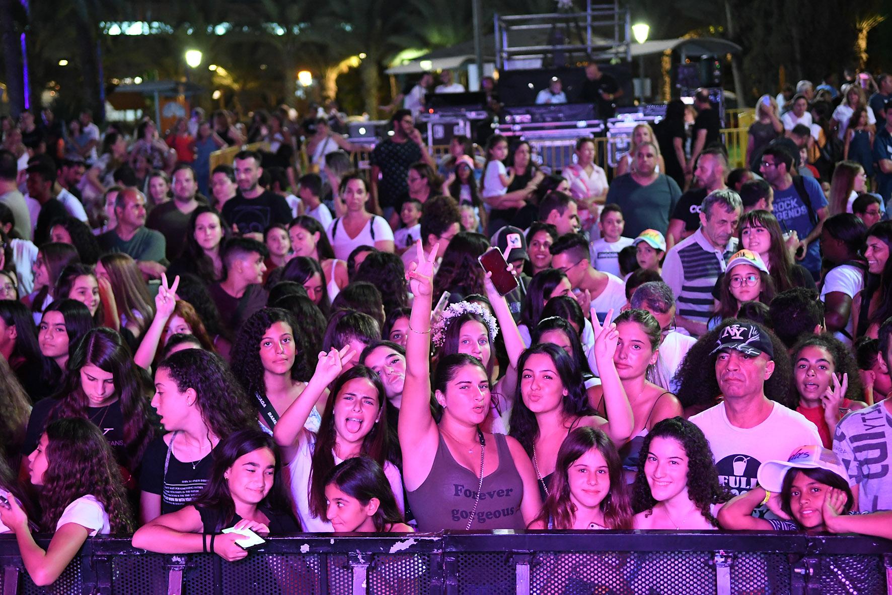 Photo of אלפים השתתפו בחגיגות 137 שנים לראשון לציון
