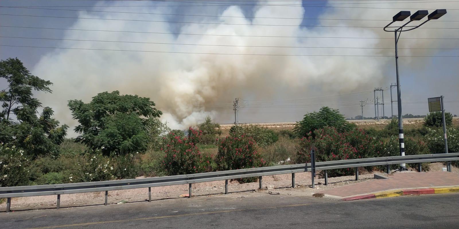 Photo of בשל שריפה נקטעים קווי רכבות מנהריה למודיעין