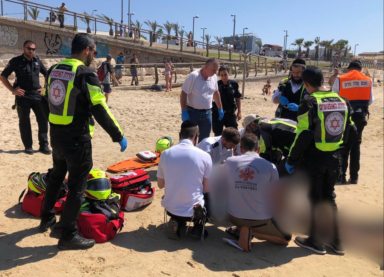 Photo of שוב טביעה בחוף צארלס קלור בתל אביב. בן 70 במצב אנוש