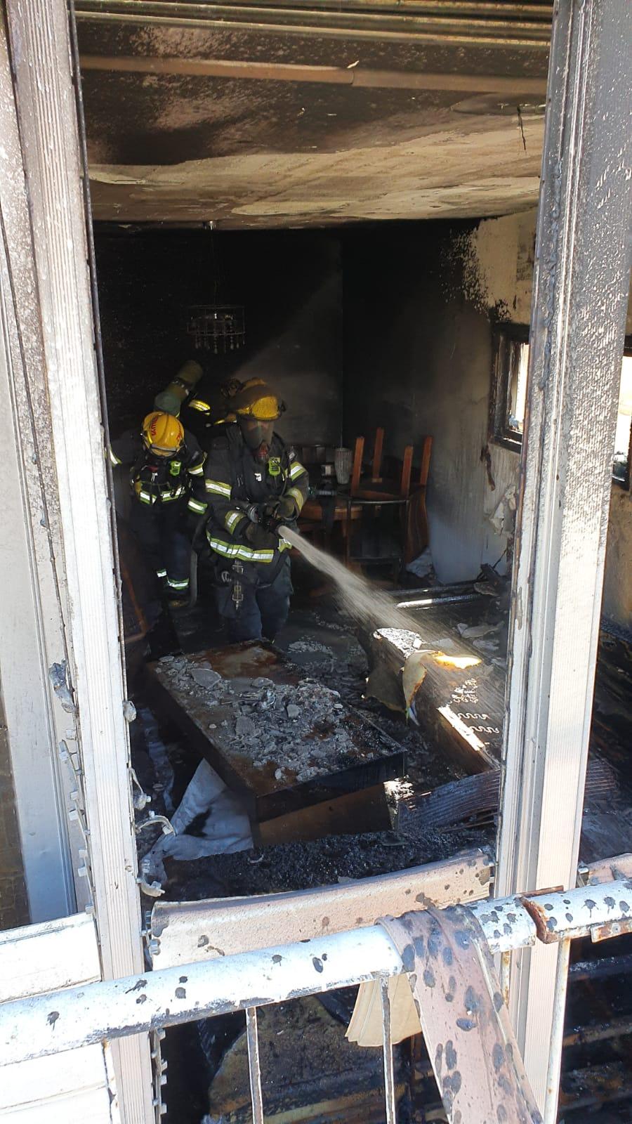 Photo of שריפה בדירה ברחוב נווה יעקב ברמת גן. אין נפגעים במקום