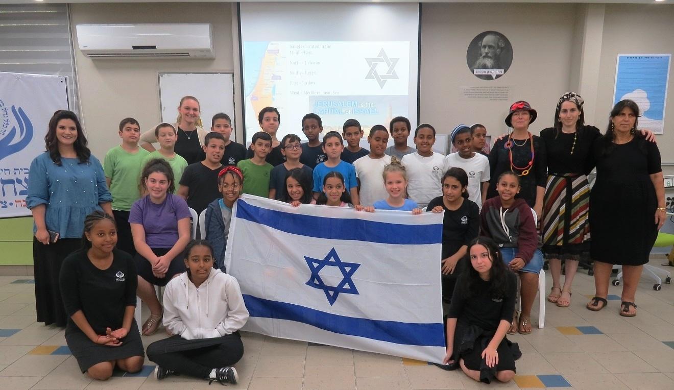 """למידה חדשנית בחמ""""ד תורני נצח ישראל פ""""ת. צילום בית הספר"""