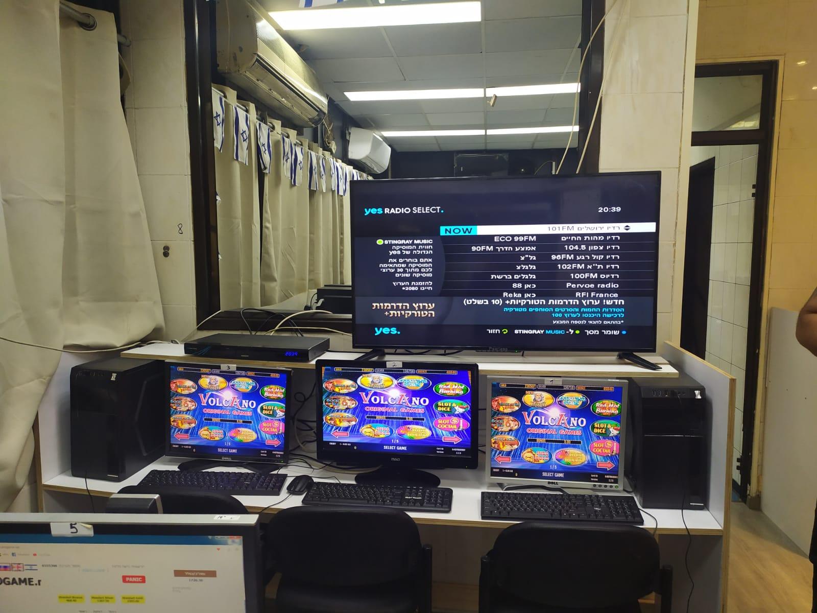 """Photo of פשיטה של המשטרה על מתחם הבורסה בר""""ג, עם גילוי עסק להימורים לא חוקיים"""