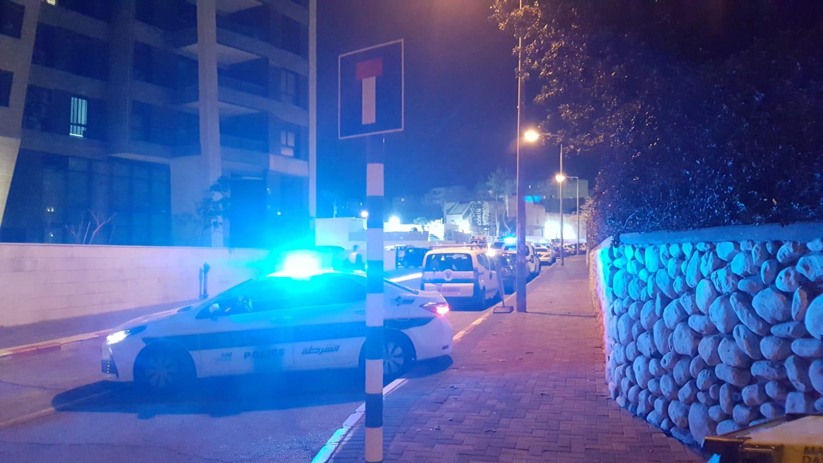 Photo of גבר כבן 40 נפצע בינוני כתוצאה מירי ברחוב נחל ירמוך באשדוד