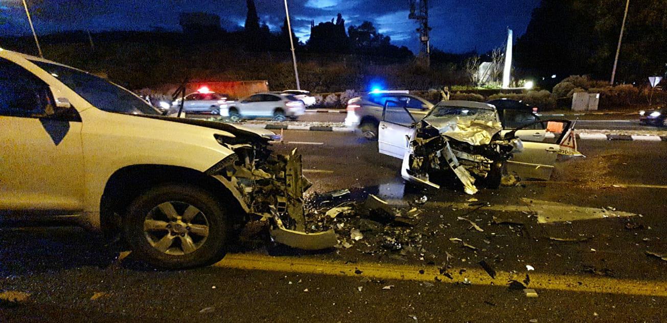 Photo of תאונה קטלנית בכביש 42 סמוך לצומת עיינות. בן 37 נהרג כתוצאה מתאונה בין שני כלי רכב פרטיים