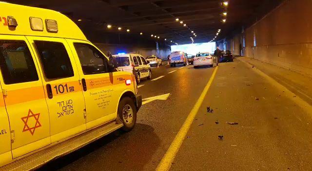 Photo of תאונה קטלנית מתחת למחלף וולפסון: רוכב אופנוע צעיר נהרג מפגיעת רכב