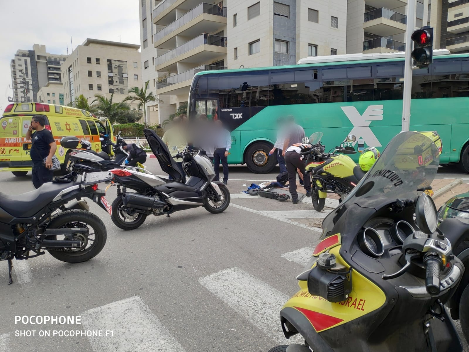 "Photo of רוכב קורקינט בן 70 נפצע באורח קשה מאוד מפגיעת אוטובוס ברחוב גלילי בראשל""צ"