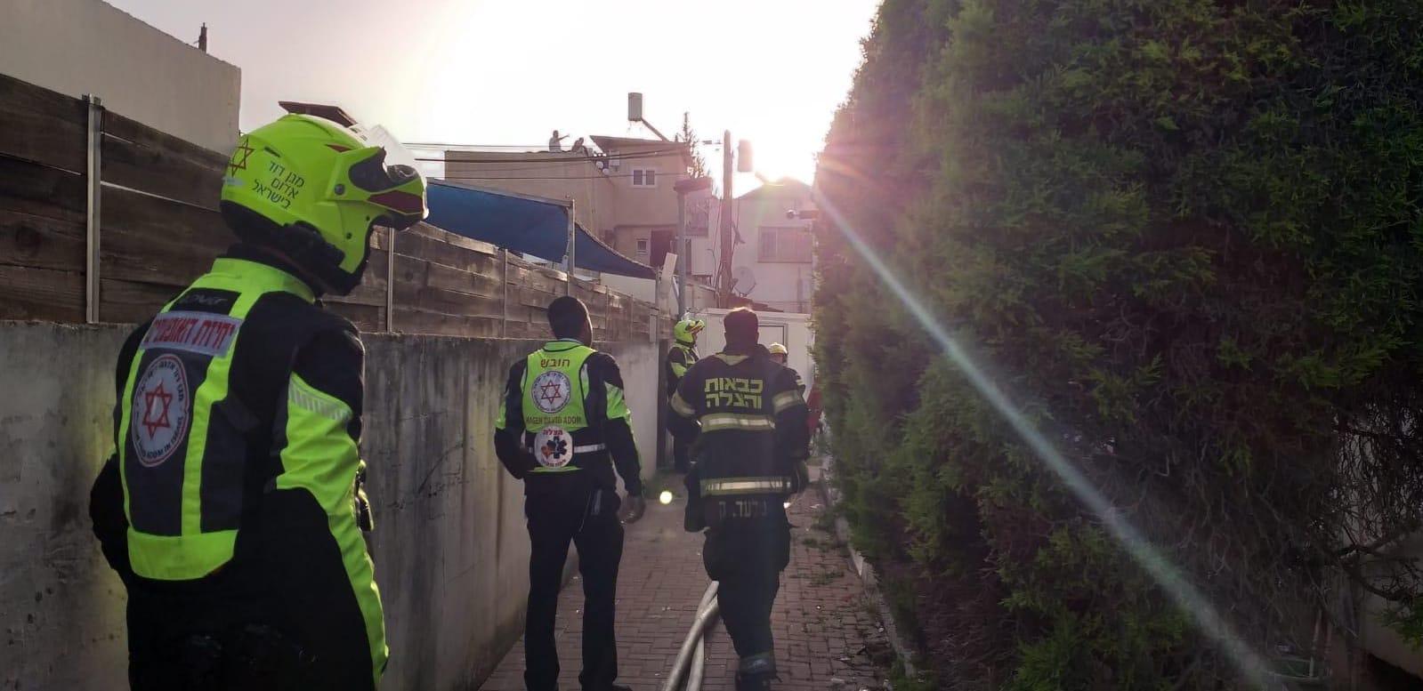 Photo of טרגדיה הבוקר בפתח תקווה – אישה בת 65 מצאה את מותה בשריפה בדירה בעיר