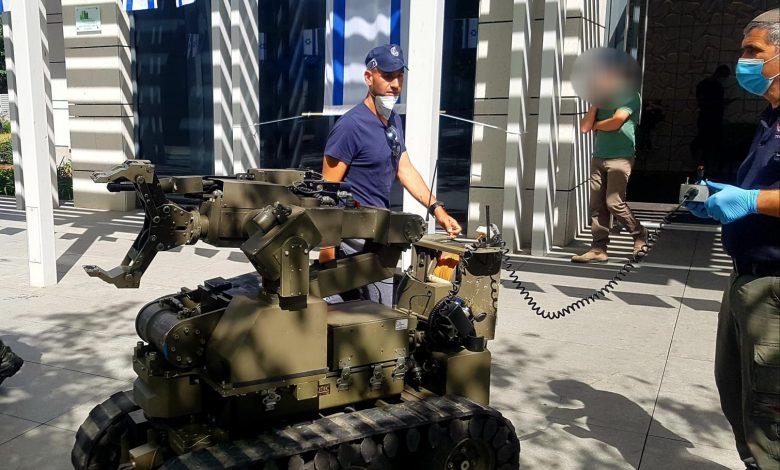 """Photo of ניסיון חיסול בת""""א: נוטרל מטען חבלה שהוצמד לרכב בחניון בניין מגורים ברחוב ניסים אלוני"""