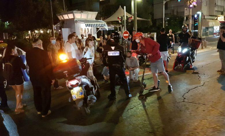 Photo of פצועה בתאונת דרכים בין מונית וקטנוע בתל אביב