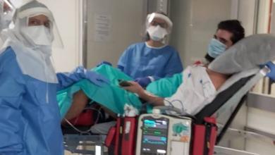 """Photo of בשורה טובה: אפיק סוויסה בן ה-22 מאשדוד, החולה הקשה ביותר בקורונה, השתחרר מביה""""ח ועבר לשיקום. אמו: """"קיבלתי את בני במתנה"""""""
