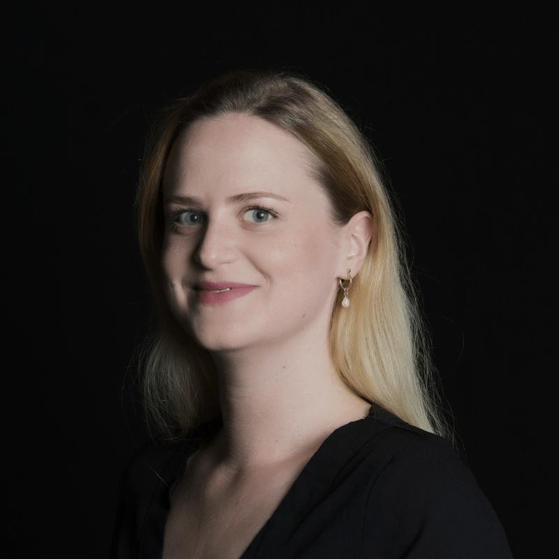 ילווה פטרסון, מנהלת מדיניות ציבורית למדינות הנורדיות וישראל בטוויטר.