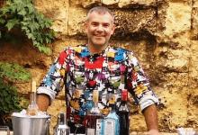 Photo of איתן סלומון התאהב במטבח בגיל 12 ובלי ללמוד את המקצוע אך עם תשוקה לאוכל ויצירתיות ייחודית הוא הפך לשף מוביל בעל חברת קייטרינג לעשירון העליון