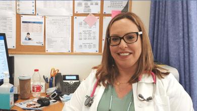 """Photo of ד""""ר לימור שפסה, רופאת ילדים במרפאת כללית קניון גבעתיים: """"חשוב לנו להמשיך ולספק את שירותי רפואת הילדים הרגילים גם בימי הקורונה"""""""
