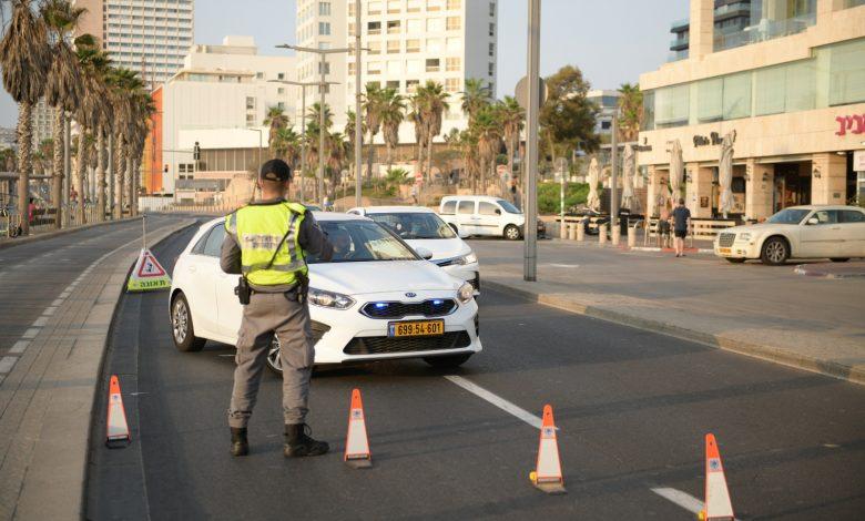 Photo of בשבת: חולה מאומת מחולון נתפס במחסום משטרתי ועשרות דוחות ניתנו בבת-ים