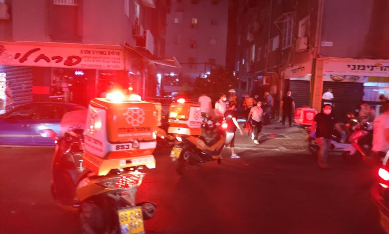 Photo of נסיון חיסול כפול אמש בבת-ים: שני גברים נורו ונפצעו קשה באמצע רחוב בלפור בעיר