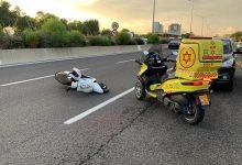 Photo of תאונה קשה בכביש 44 סמוך לאזור: רוכב אופנוע בן 30 סובל מפגיעת ראש קשה כתוצאה מפגיעת רכב