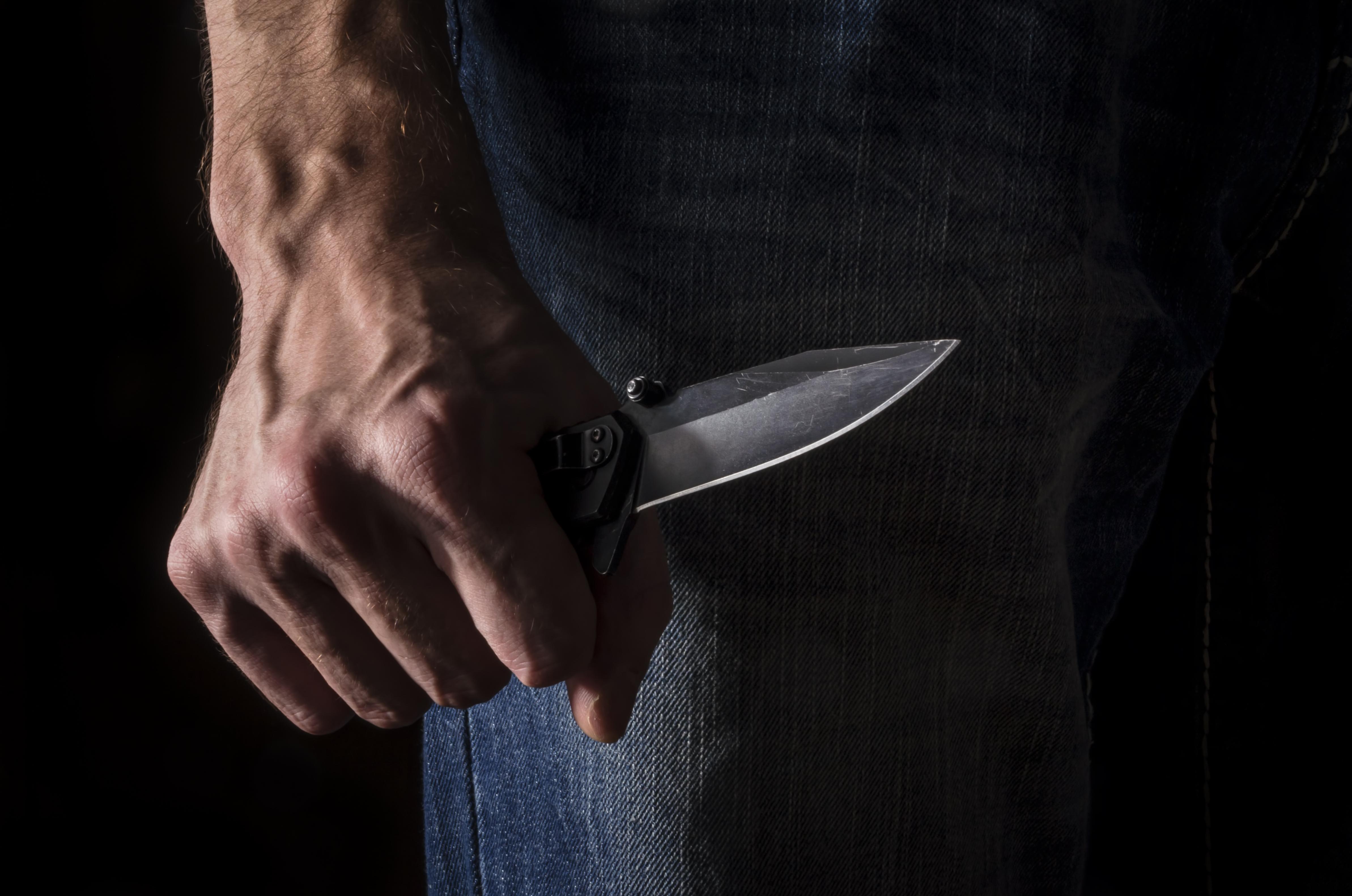 Photo of פוענח הרצח של תושב תלפיות בירושלים: בגלל ויכוח סתמי החשוד ברצח שב לביתו, נטל סכין ודקר למוות את מכרו