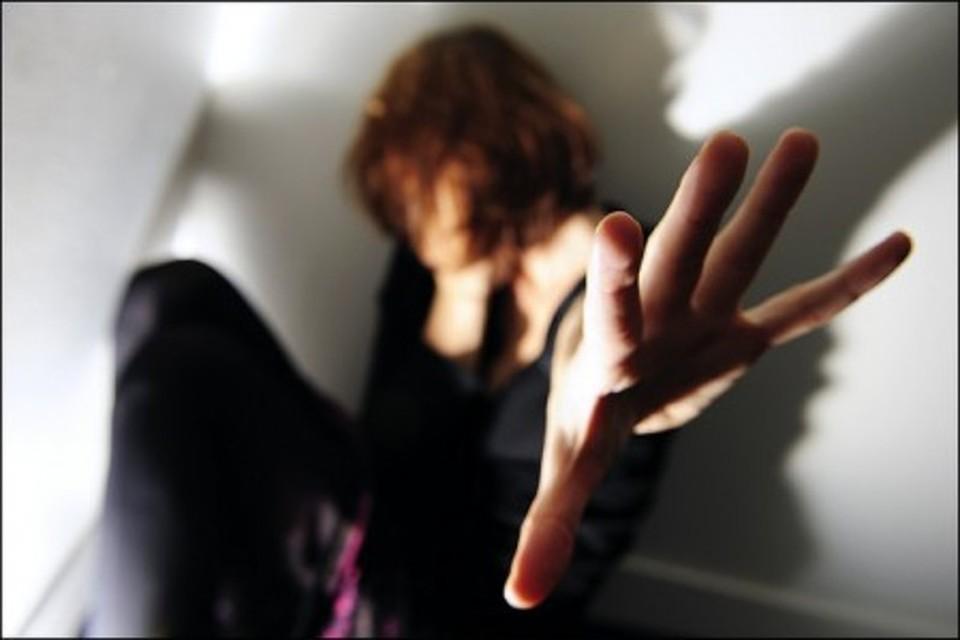 """Photo of מעקב אימה: עקב אחר תושבת אזור כפ""""ס, צילם אותה עם גבר. ניסה לסחוט אותה עם התמונות ועל הדרך ביצע בה מעשים מגונים"""
