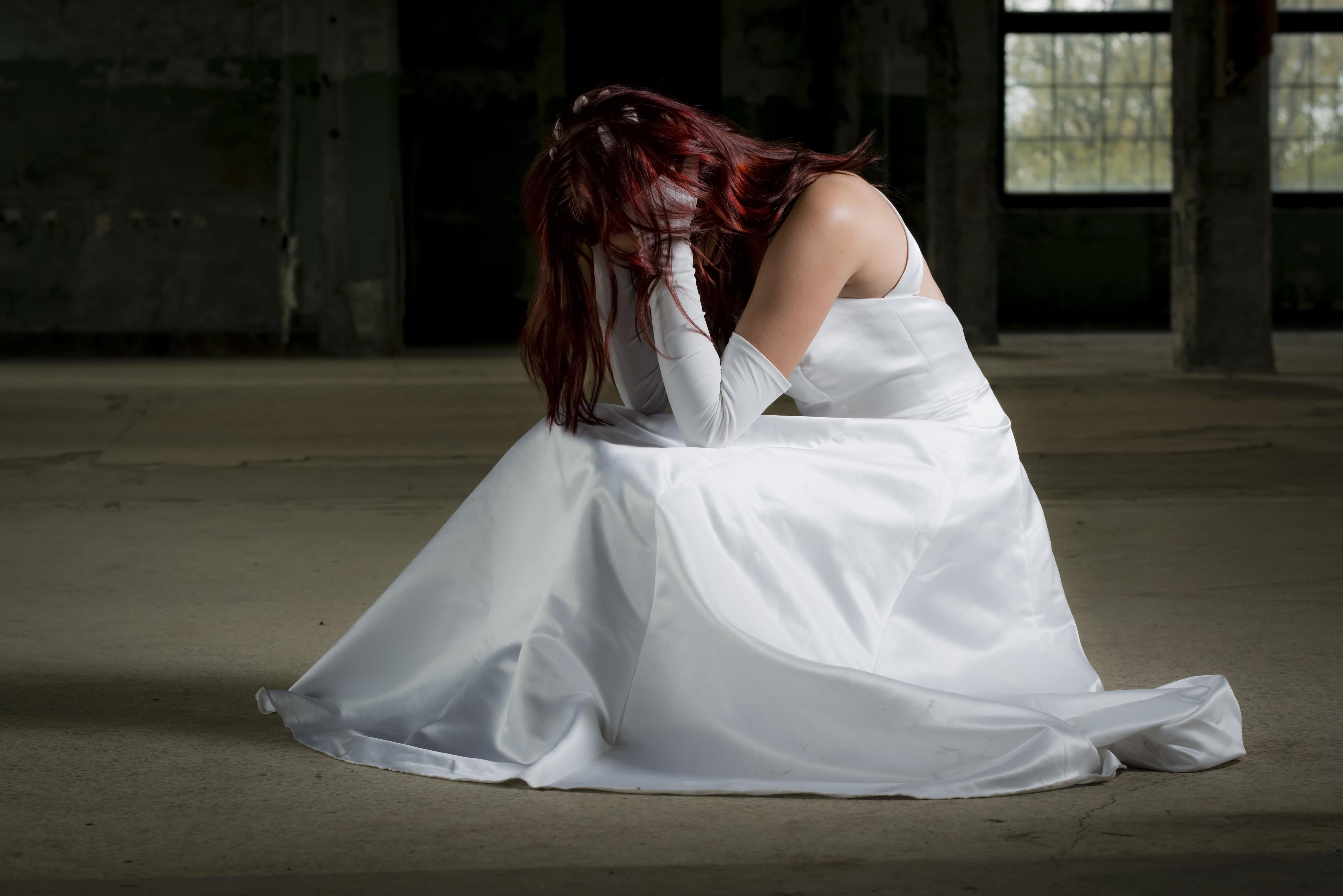 Photo of המבוכה ברחבה: כלה חיפאית תבעה את סלון הכלות לאחר שהשמלה שלה נפלה וחשפה אותה במערומיה לעיני האורחים