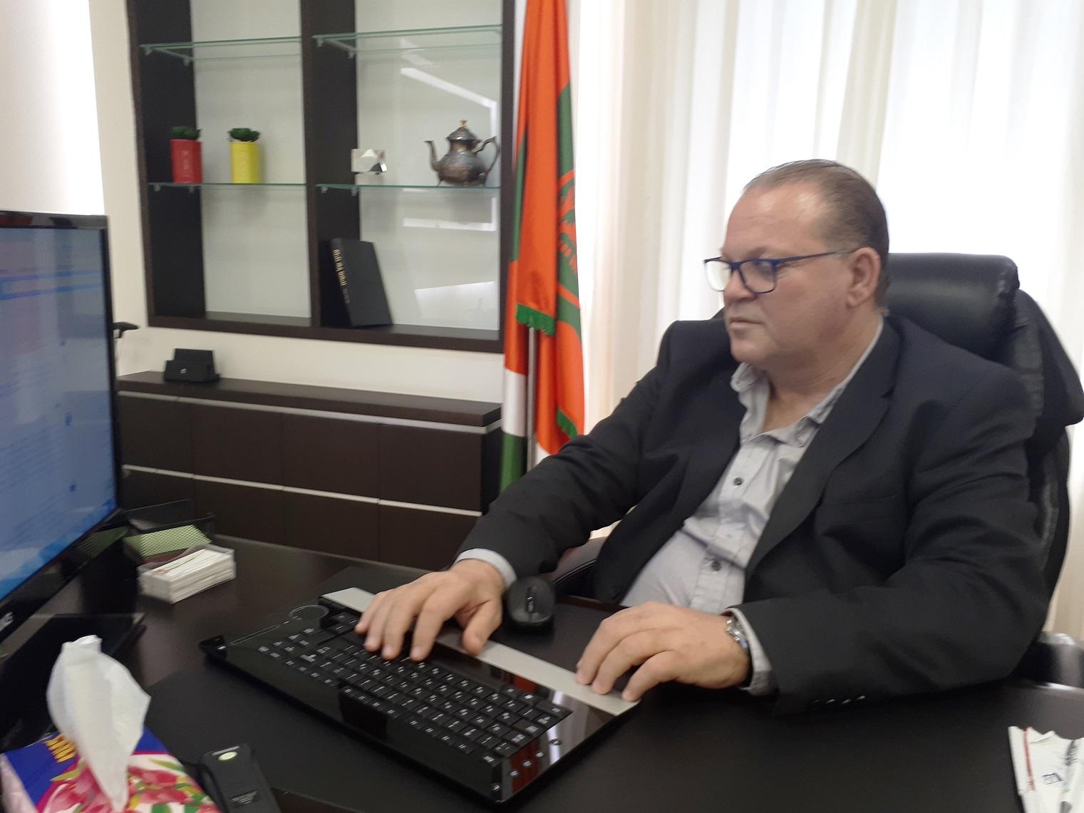 "Photo of על הוול: ראש עיריית כפ""ס, עונה לתושבים בפייסבוק"