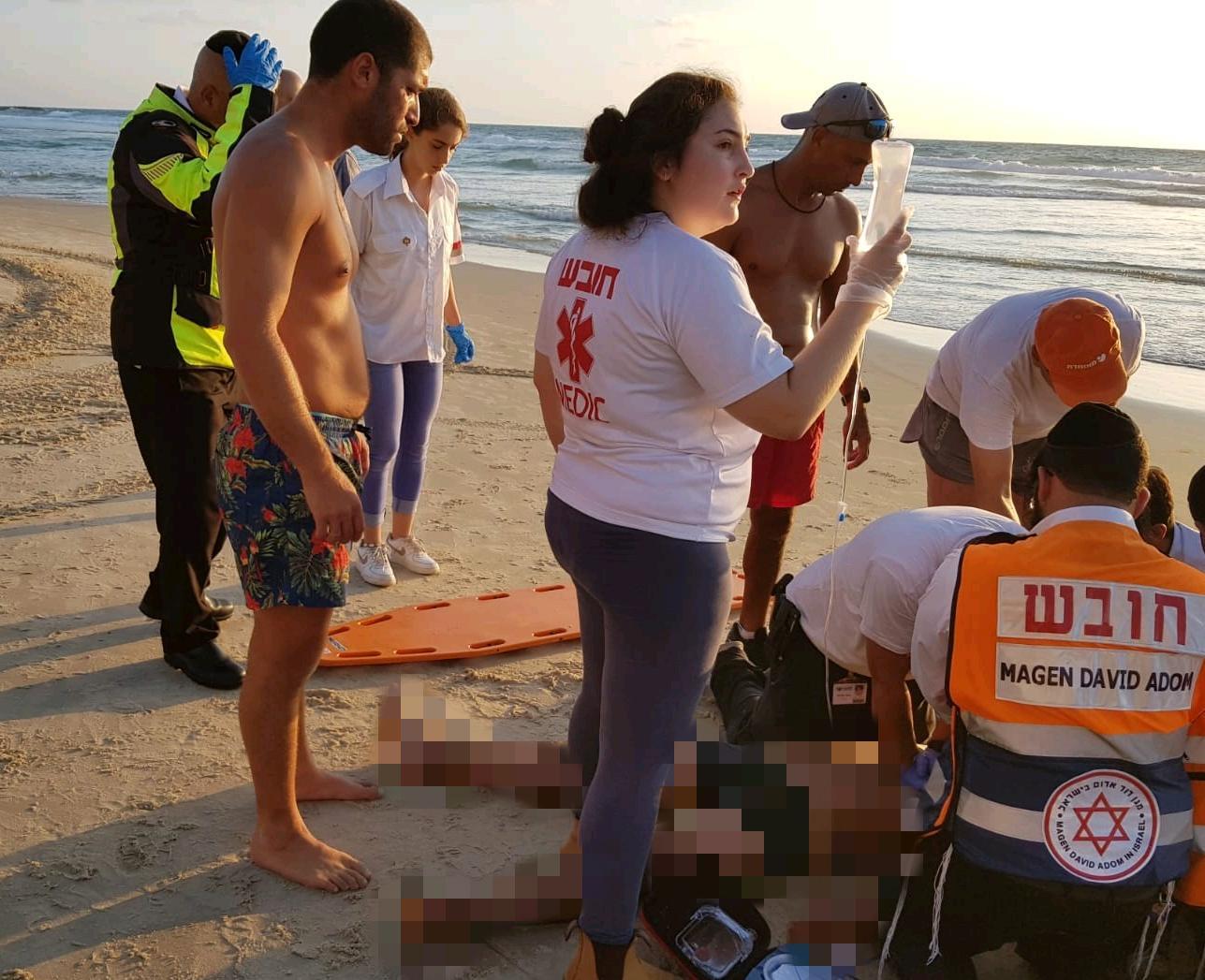 Photo of טביעה שנייה היום בחופי נתניה: צעיר בן 18 במצב קשה, לאחר החייאה, בעקבות טביעה בחוף סירונית