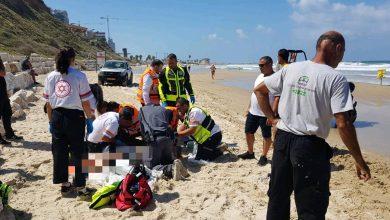Photo of גבר טבע בחוף לא מוכרז בסמוך לחוף ארבע עונות בנתניה. חובשים ביצעו בו פעולות החייאה שבסופן נקבע מותו