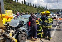 Photo of חילוץ נהגת שנלכדה תחת הגה הרכב בתאונה קשה בין משאית לרכב בכביש 65 סמוך למחלף עירון