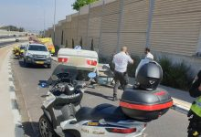 "Photo of תאונת דרכים קטלנית בכפ""ס: נהג בן 60 נהרג מהתהפכות רכבו ברחוב ההסתדרות. פצוע נוסף מועבר ל""מאיר"""