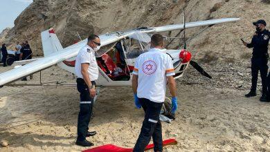 Photo of אירוע חריג בחוף פולג בנתניה: מטוס קל התרסק לתוך המים. הטייס בן ה-70 הצליח לצאת בחיים