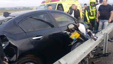 Photo of תאונת דרכים קטלנית סמוך לקריית אתא. רוכב אופנוע בן 18 נהרג לאחר שהתנגש ברכב שעמד בשולי הכביש