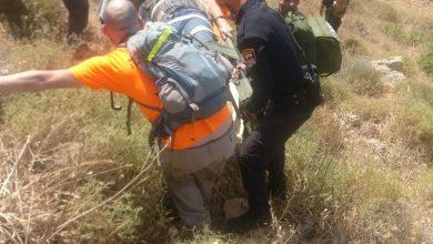 "Photo of תצפית מסוכנת: שני מטיילים נפצעו כשנפלו מתצפית במורדות יער כרם מהר""ל. מצבם קל"