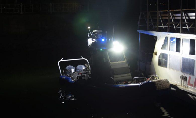 השיטור הימי בחיפוש אמש אחר הגופה שנצפתה. צילום: דוברות המשטרה