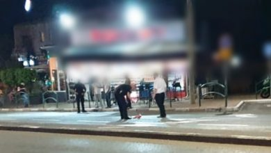 """Photo of צפו: הלילה יריות לעבר קיוסק -קפה במרכז זיו בחיפה בזמן שהיו בו מבלים. לפני כמה לילות יריות לעבר """"שלמה סיקסט"""" ושריפת המשרדים. הפרוטקשן בחיפה """"חוגג""""?"""