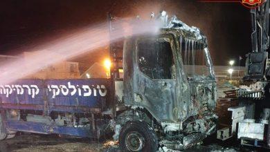 Photo of מי הצית הלילה את המשאיות של חברת הקרמיקה טופולסקי ביגור?