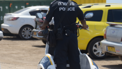 Photo of צפו: 2 חשודים בהחזקת פגיון, 11 שפיכות אלכוהול, 8 רכבים הורדו מהכביש עקב ליקויי בטיחות קשים ועוד. סוף שבוע בחופי חיפה והקריות