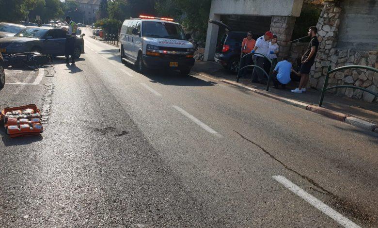 שתי הנשים התנגשו ברכב חונה בדרך יד לבנים. צילום: איחוד הצלה