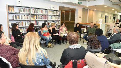 Photo of חולמים לכתוב ספר או סיפור? עיריית קריית אתא מפעילה סדנאות כתיבה חדשות בספרייה העירונית