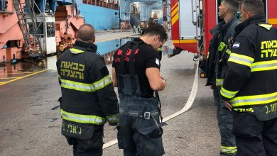 Photo of אירוע חריג בנמל חיפה כתוצאה מדליפת איזוטנק על אוניה שהגיעה הבוקר לנמל. כוחות כיבוי השתלטו על האירוע
