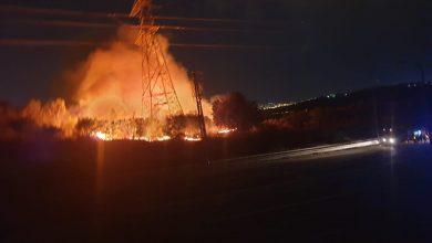 Photo of ליל שריפות: עשרות צוותי כיבוי פעלו הלילה בשריפות שהשתוללו ברחבי חיפה והקריות. בהם שריפה גדולה ליד צומת סומך ופינוי בניין בחיפה
