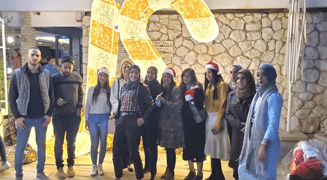 אגודת הסטודנטים חוגגת חנוכה וכריסמס בקמפוס של האוניברסיטה הפתוחה בבית בירם בחיפה. צילום עצמי